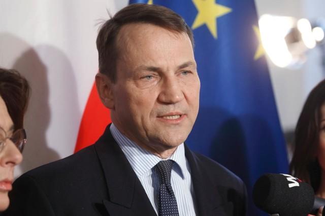 Radosław Sikorski został numerem 1 rankingu pięciu najbardziej wpływowych polityków Parlamentu Europejskiego na politykę zagraniczną Unii Europejskiej wg agencji komunikacyjnej BCW Brussels.