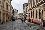 Rozgoryczenie w Cieszynie: Zamiast merytoryki decyduje służalczość. Miasto znów pominięte w rządowym podziale pieniędzy