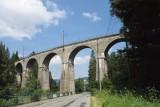 W Wiśle wstrzymano ruch pociągów. Mężczyzna groził, że rzuci się z mostu. Konieczna była interwencja policyjnego negocjatora