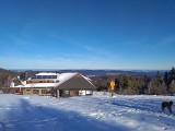 Hala Łabowska w śniegu. Warto wybrać się na wędrówkę ośnieżonymi szlakami [ZDJĘCIA]