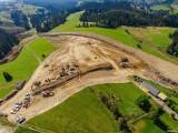 Budowa nowej zakopianki z Rdzawki do Nowego Targu się rozkręca. Zobacz zdjęcia budowanych odcinków DK47 z lotu ptaka [20.09]