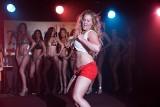Apetyczne zdjęcia Amy Schumer zwiastujące najnowszą komedię romantyczną z jej udziałem [zdjęcia]