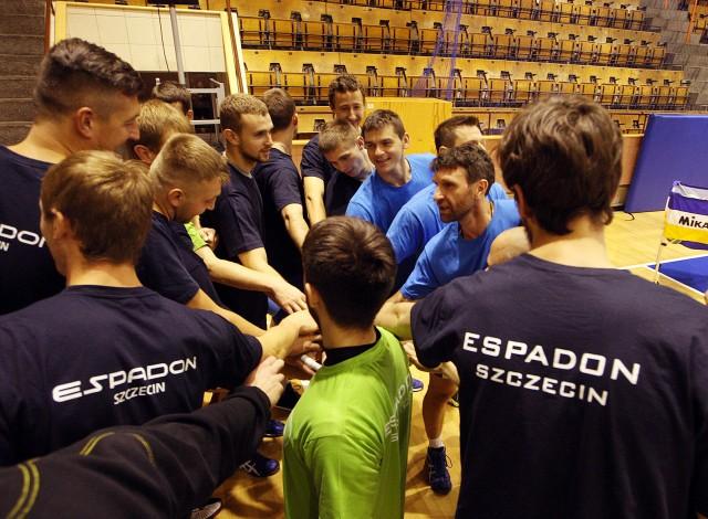 W ekipie Espadonu Szczecin duża mobilizacja przed pierwszym meczem we własnym obiekcie.
