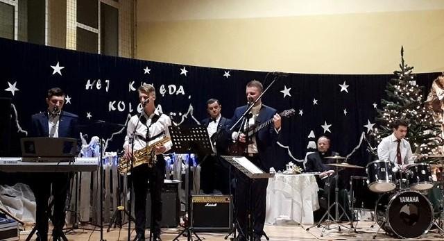 Sorbona Band - podczas ostatniego występu, na Koncercie Noworocznym 2019 w Skalbmierzu.