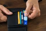 Od września płacąc zbliżeniowo do 50 zł będzie wymagany PIN. To musisz wiedzieć