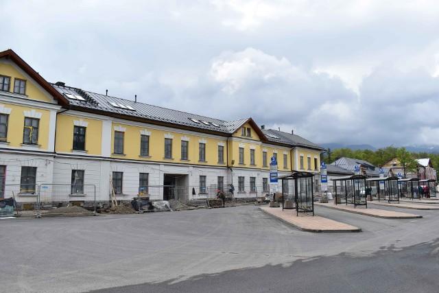 Remont budynku dworca kolejowego w Zakopanem dobiega końca