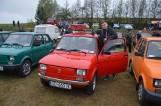 """III Kaszubski Zlot Fiata 126p. Miłośnicy malucha """"opanowali"""" Przetoczyno w niedzielę, 28 kwietnia"""