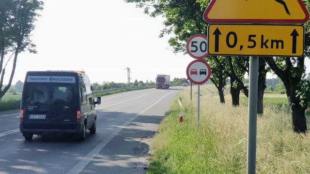 Z powodu nadmiernego hałasu GDDKiA wprowadziła ograniczenie prędkości do 50 km/h na wiadukcie i drogach dojazdowych.