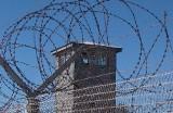 Piekło w celi. Mężczyzna był dręczony psychicznie i fizycznie oraz wykorzystywany seksualnie przez współwięźnia