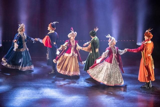 """Spektakl """"Poloneza czas zacząć"""" Baletu Cracovia Danza"""