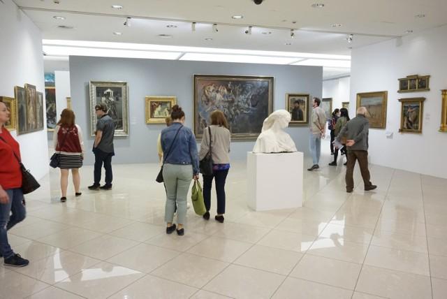W Polsce Noc Muzeów zadebiutowała właśnie w Poznaniu – jej pierwsza edycja odbyła się w 2003 roku w Muzeum Narodowym. Zobacz zdjęcia z ostatnich edycji --->