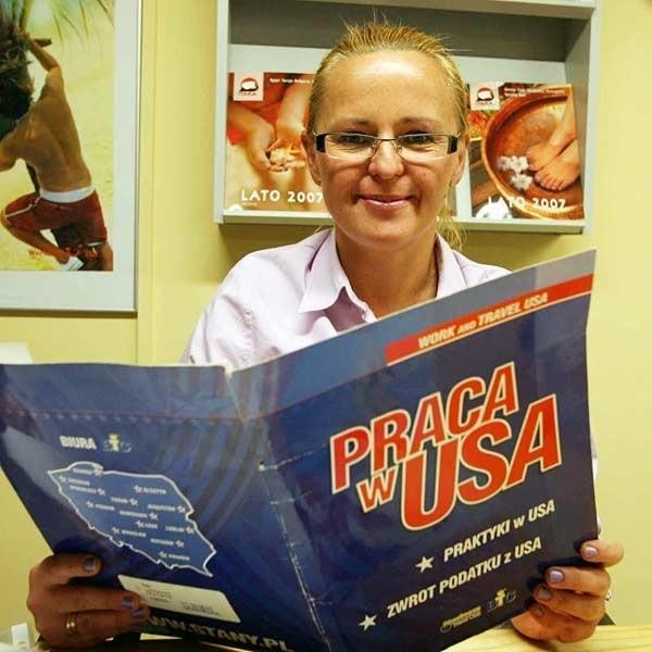 - Studenci z Podkarpacia wolą od USA, Anglię i Irlandię - mówi Magda Szostak z rzeszowskiego biura podróży.