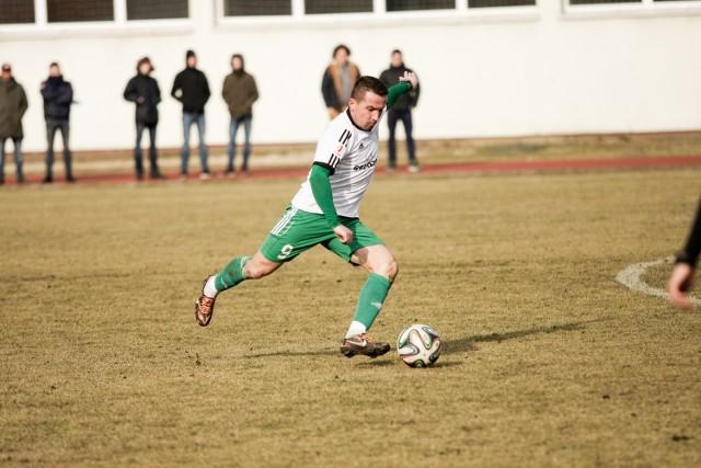 Marcin Kaczmarek strzelił dla Olimpii jedynego gola w sparingu z GKS Katowice.
