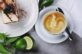 TOP 15 najbardziej klimatycznych kawiarni w Gdańsku, Gdyni i Sopocie. Gdzie można wypić przepyszną kawę w ładnym wnętrzu? Sprawdź!