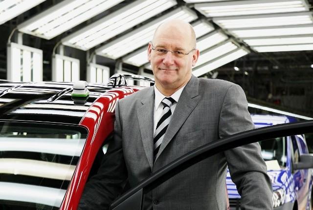 Musimy pracować nad autami elektrycznymi, będą one niezbędne - mówi Jens Ocksen