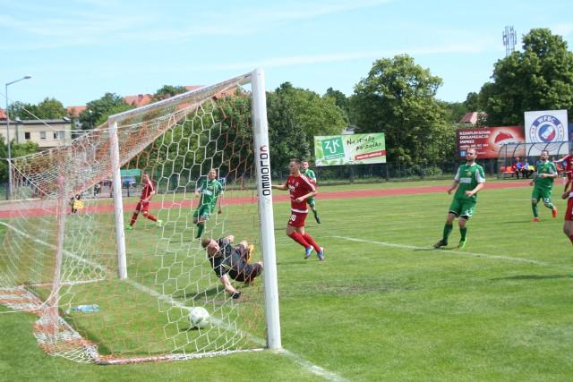 W taki sposób jedną z bramek dla Wdy zdobył  Bartosz Czerwiński. Ekipa ze Świecia pewnie zwyciężyła.
