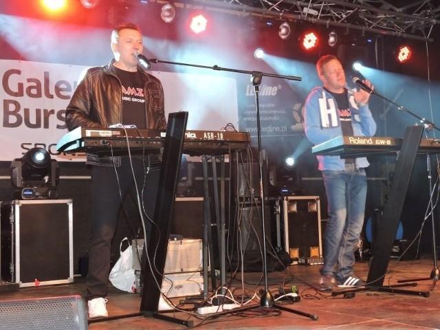 Mamzel zagra na jubileuszu Arkadii. Na zdjęciu podczas występu na Festynie Dworcowym na osiedlu Stacja w Ostrołęce