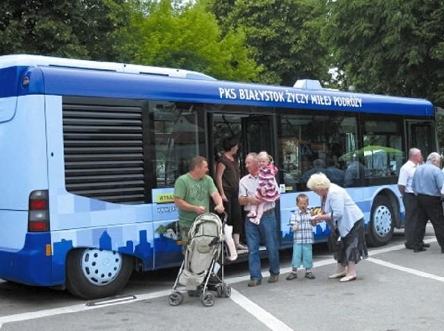 Nowe autobusy można było oglądać podczas minionego weekendu. W trasę ruszyły poniedziałek