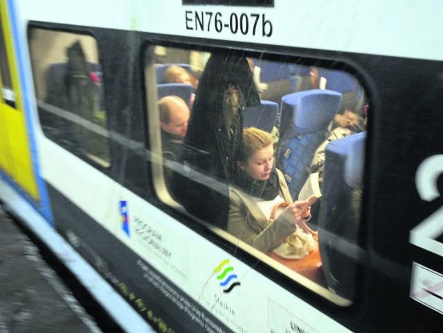 Pociągi Kolei Śląskich mają znów kursować na trasie Tarnowskie Góry - Zawiercie. Linia mogłaby stanowić alternatywę dla szybkiej kolei do Pyrzowic, o której mówi się już od wielu lat