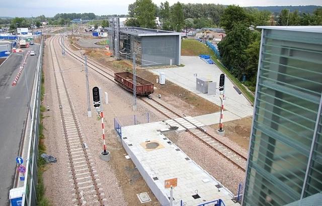 Trasa z Krakowa pod terminal w Balicach jest praktycznie gotowa. Połączenie ruszy we wrześniu