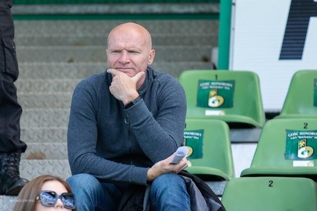 Tomasz Łapiński na trybunie stadionu PGE GKS Bełchatów