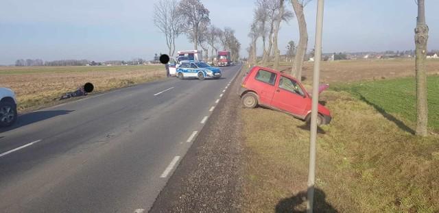 Wypadek na trasie Przasnysz - Bogate. Samochód osobowy zderzył się z motocyklem, 9.02.2020