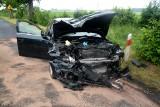Wypadek koło Sępólna. Czołowo zderzyły się ciężarowy z osobówką. Jedna osoba poszkodowana [zdjęcia]