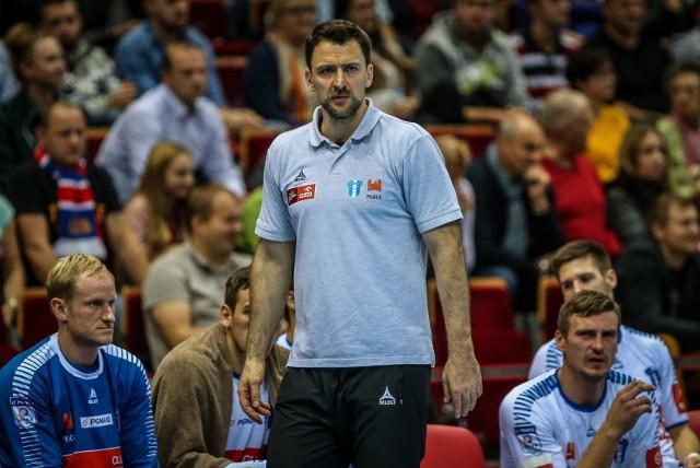 Piotr Przybecki w lipcu 2014 r. został trenerem Śląsk Wrocław. Dwa lata później został szkoleniowcem Wisły Płock.