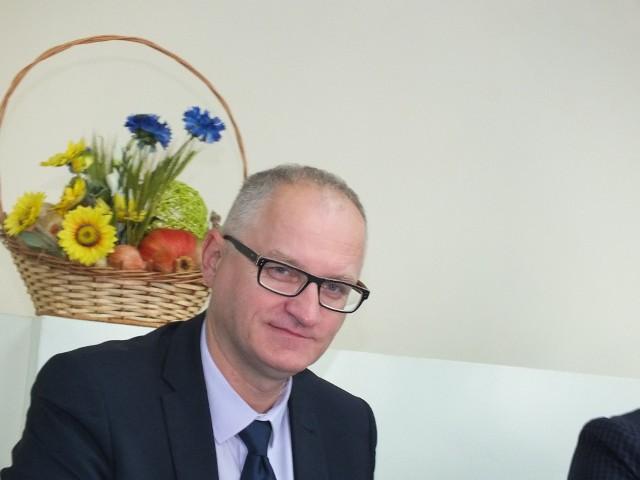 Wójt Pawłowa, Marek Wojtas, otrzymał we wtorek jednomyślne absolutorium od radnych gminy