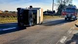 Sztabin. Wypadek samochodu dostawczego. Sunął na boku przez 50 metrów!