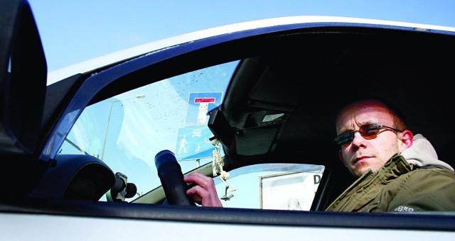 Marcin Cyran z Rzeszowa: Zwiększenie limitu punktów karnych to dobry pomysł. Przy dzisiejszych karach złapanie 24 punktów nie jest specjalnie trudnym wyczynem. Zwłaszcza, gdy dużo jeździ się samochodem.