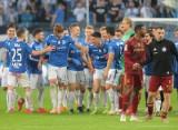 Lech Poznań z licencją na grę w ekstraklasie. Legia Warszawa objęta nadzorem finansowym