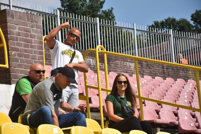 Kibice GKS-u Jastrzębie mogli czuć niedosyt po meczu z Resovią.  Zobacz kolejne zdjęcia. Przesuwaj zdjęcia w prawo - naciśnij strzałkę lub przycisk NASTĘPNE