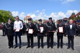"""Dzień Strażaka w Słupsku. Podczas uroczystego apelu podsumowaliśmy plebiscyt """"Strażak Roku"""" [ZDJĘCIA]"""