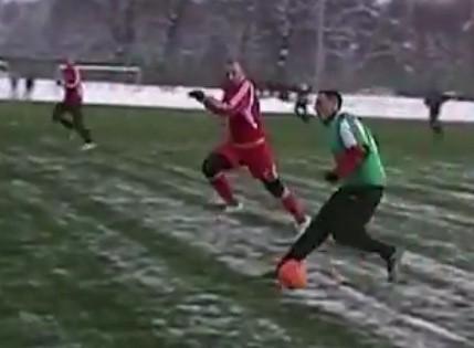 W sobotnim meczu sparingowym, piłkarze III-ligowego Gryfa Słupsk pokonali lidera IV ligi śląskiej LKS Czaniec 2:1 (1:0).