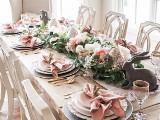 Dekoracje stołu na Wielkanoc 2020. Proste i eleganckie ozdoby na świąteczny stół. Jakie dekoracje przygotować na stół wielkanocny?