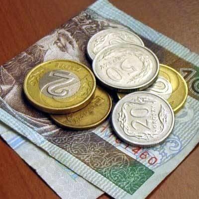Roczna luka emerytalna dla Polki lub Polaka przechodzących na emeryturę w latach 2011-2051 wynosi przeciętnie 13.600 złotych, czyli ponad 1100 złotych miesięcznie.