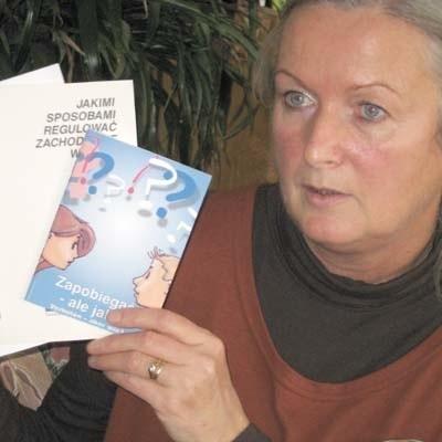 - Przychodzi do nas coraz więcej kobiet zza Odry, dlatego staramy się jak najwięcej broszur z o niemieckich przepisach wydawać też po polsku - mówi terapeutka z poradni Pro Familia we Frankfurcie nad Odrą Doris Hagedorn