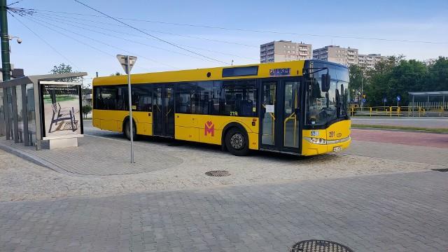 We wtorek 1 czerwca pierwsze autobusy pojawiły się na nowym dworcu w Czeladzi Zobacz kolejne zdjęcia/plansze. Przesuwaj zdjęcia w prawo - naciśnij strzałkę lub przycisk NASTĘPNE