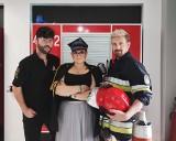 Strażacy bez koszulek i syrena strażacka. We Wrocławiu otwiera się nowy salon fryzjerski [ZDJĘCIA]