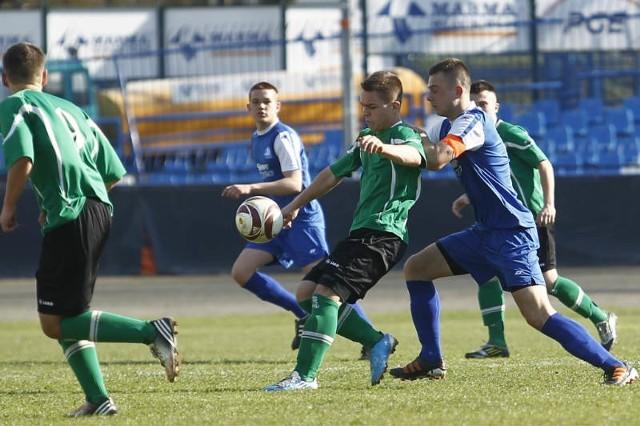 Juniorzy ze Stalowej Woli (na zielono) i z Rzeszowa (na niebiesko) już w najbliższy weekend mogą poprawić swój dorobek.