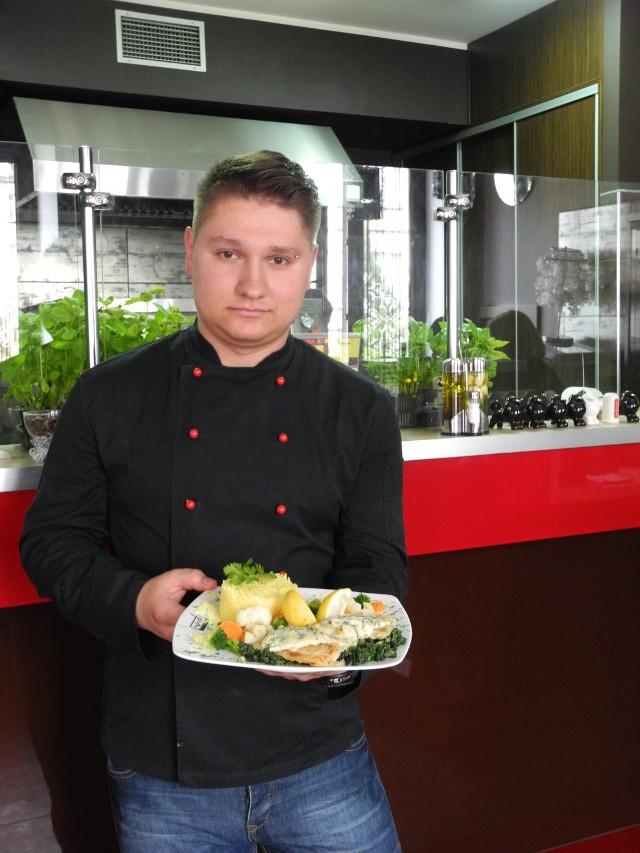 Mariusz Ciruk, główny kucharz białostockiego Da Grasso kocha gotować, robi to z pasją.