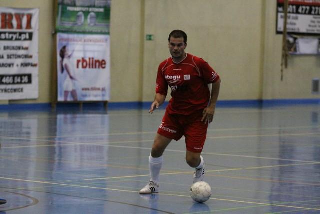 Adam Berbelicki zdobył w 38. min gola, który dał naszej drużynie punkt.