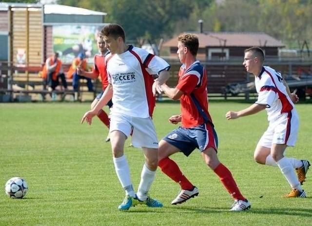 Piłkarze Pogoni Łapy w ostatnim meczu z Cresovią Siemiatycze wywalczyli pierwszy komplet punktów w tym sezonie i teraz zamierzają pójść za ciosem.