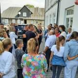 Niepubliczna szkoła w gminie Mogielnica protestuje. Była piekieta przed urzędem. Powodem podwyżka czynszu