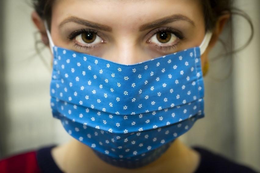 Gorączka, kaszel, brak węchu czy smaku - to objawy zakażenia...