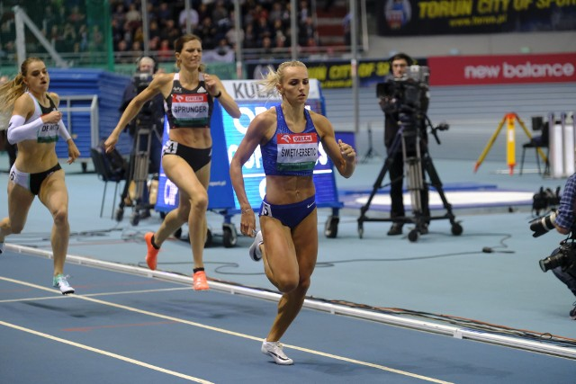 8 lutego br. Justyna Święty-Ersetic wygrała w Toruniu bieg na 400 m w czasie 51.37, ustanawiając rekord Polski pań pod dachem