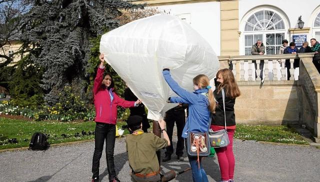 Replika balonu sprzed 230 lat