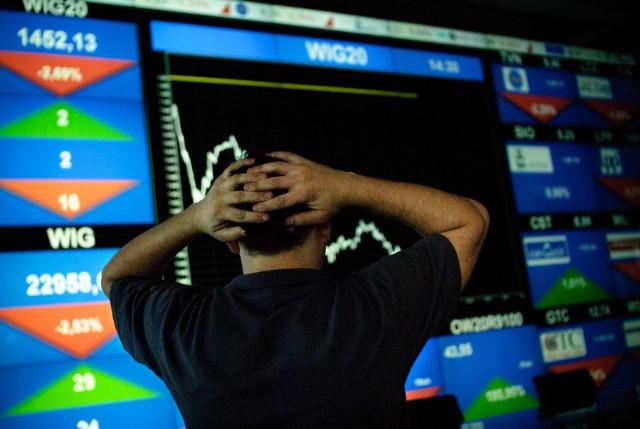 W czwartek 12 marca dopiero po raz trzeci w historii jednego dnia główny indeks spółek Dow Jones odnotował jednodniowy spadek w wysokości 9,99 proc., a na warszawskiej Giełdzie wyprzedaż sięgnęła jeszcze głębiej