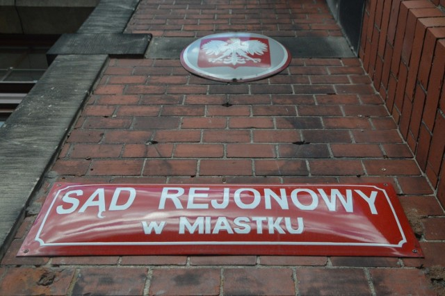 Pijana kobieta urodziła dziecko, a prokuratura umorzyła sprawę z Miastka. Prokuratura Regionalna w Gdańsku przeanalizuje jednak akta sprawy